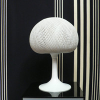 vintage 1970s white rattan mushroom table lamp / 1970s mid century globe lamp / mod space agee