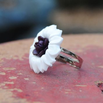 Vintage Bakelite Flower Button Ring - White and Purple Adjustable Ring