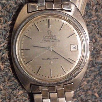 CREYDC0 VINTAGE OMEGA CONSTELLATION 24 JEWELS STAINLESS STEEL WATCH with DATE