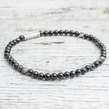Gray agate beaded stretchy bracelet, mens bracelet, womens bracelet
