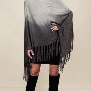 Amy Fringe Poncho Lovestitch Grey