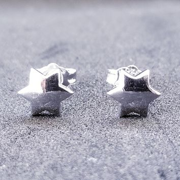 4f2c9840f New 14k White Gold on 925 Sterling Silver Small Star Earrings