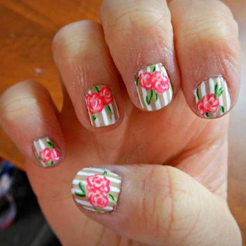 Vintage Roses and Stripes Nail Set