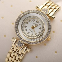 Women's New Popular Heart Rhinestone Round Dial Analog Quartz Dress Wrist Watch