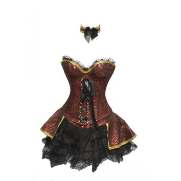 Red Renaissance Outfit with Collar