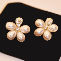 Blossom Flower Pearl Earrings