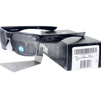 Oakley OO 9189-01 POLARIZED TWOFACE Polished Black Iridium Lens Mens Sunglasses