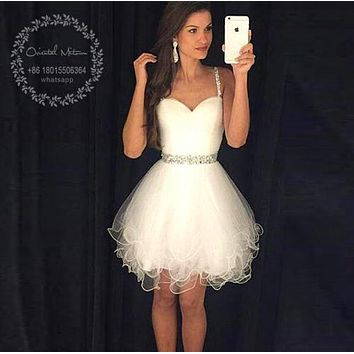 Vestidos de renda 2017 Short White Cocktail Dresses Spaghetti Straps Beaded Crystals Ruffles Graduation Party Dress Prom Dresses