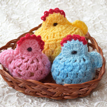Easter crochet Hen & two chickens Set of 3 cozy Chicken egg warmer Easter egg decoration egg cover chicks kitchen decor spring Easter gift