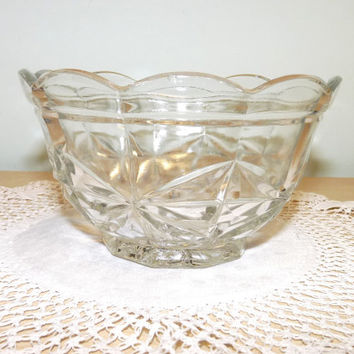 Glass Sugar Bowl, Scalloped Rim, Pressed Glass, Depression Glass, Cottage Chic, Vintage Wedding, Homewares, Kitchen and Dining