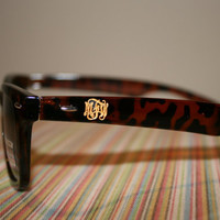 Engraved Wayfarer Sunglasses with Script Monogram