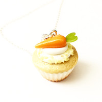 carrot cupcake necklace