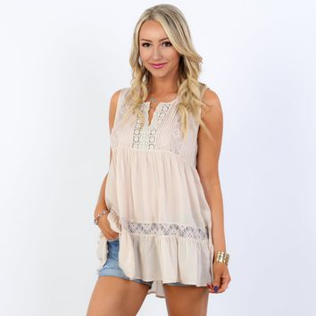 Pintuck Tiered Lace Tunic