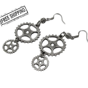 Steampunk jewelry - silver tone steampunk earrings -  industrial goth earrings - geekery  watch gear earrings steam punk rocker - deathrock
