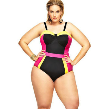 Fitted Black Plus Size Swimsuit LAVELIQ