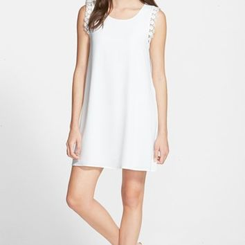 Junior Women's Everly Lace Trim Shift Dress