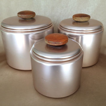 MIrro Canister Set, Rose Aluminum, Vintage Pink, Anodized aluminum, Three Canisters, Wooden Handles, Retro Kitchen, Copper Kitchen, Storage