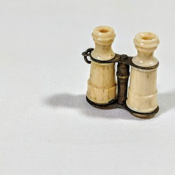 Miniature Binoculars Charm Antique Celluloid Small Field Glasses Brass Frame Fittings Tiny Cracker Jack Toy Prize Opera Glasses Brass Ring
