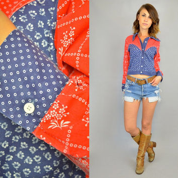 vtg 70s BANDANA americana rockabilly boho western LONG SLEEVE crop top blouse, extra small-medium