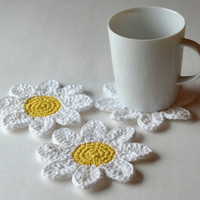 Spring Daisy Coasters, Set of 4 or 6, Gift Wrap in Sheer White Organza Bag Available