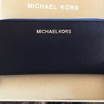 NWT Michael Kors Jet Set Travel Continental Zip Around Wallet In Gift Box