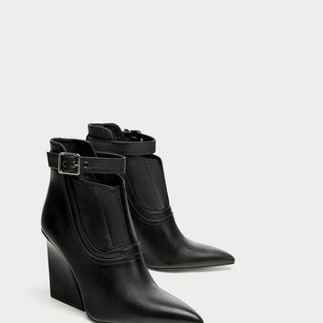 HIGH HEEL ANKLE BOOTS WITH ANKLE STRAP DETAILS