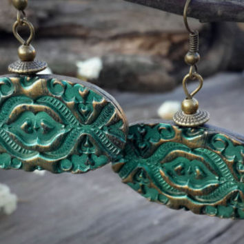 baroque, antique  green earring, oval earring, vintage ring, polymer clay earring, antique gold, antique bronze