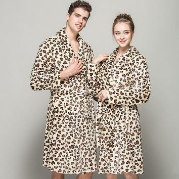 (1PCS/Lot) Leopard Bathrobe men robes Fleece women's Size M L XL Microfiber bathrobe 4 colors Super soft & nice