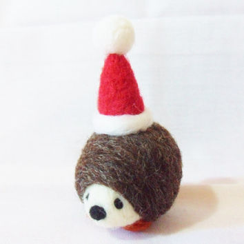 Needle Felted Christmas Hedgehog - Christmas Ornament - merino & corriedale wool - needle felt hedgehog