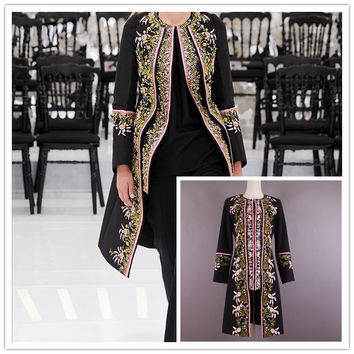 2016 Autumn/Winter Vogue Collection thick long coat noble gold embroidery wool coat Haute Couture free shipping