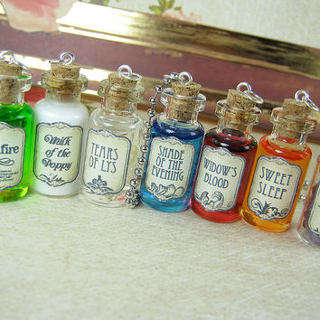 GAME OF THRONES 2ml Glass Vial Necklace Set - Glass Cork Bottle Set - Wildfire Milk of the Poppy Strangler Song of Ice & Fire Charms