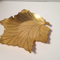 1940's Neocraft by Everlast Formed Anodized Aluminum Fallen Leaves Pattern with Intaglio Motif, Ring Dish, Trinket Dish, Catch All Dish