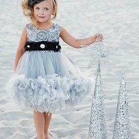 A Starlit Romance... A Dress For The Little Princess