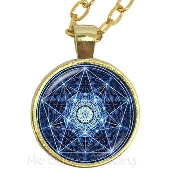 2018 Supernatural Pentagram Glass Necklace Gothic Satanism Evil Occult Pentacle Jewelry Pagan Charm Gift For Friends