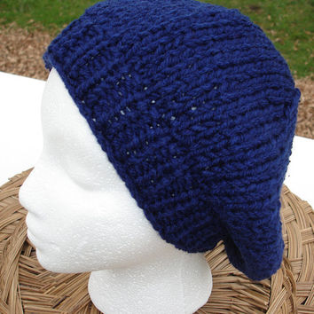 Beret in Navy blue,  Hat Hand Knit