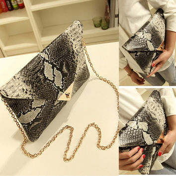 Women Vintage Vogue Snake Skin Envelope Bag Day Clutches Purse Evening Bag
