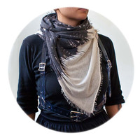 Tilo Abstract Grey Scarf: 50% Cashmere, 50% Silk