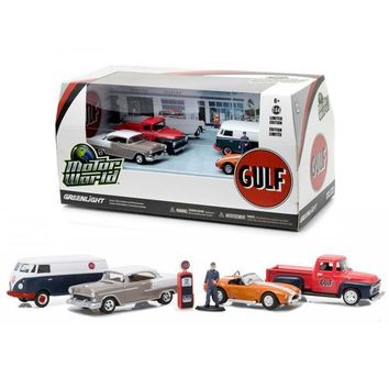 Motor World Diorama Set Gulf Oil Vintage Gas Station 6pcs Set 1/64 Diecast Model Cars by Greenlight