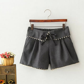 Gray Lace Bow Pleated Shorts
