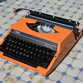 Typewriter - Techno Font - Bright Orange Welco 200 De Luxe - Working Perfectly