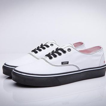 Vans Old Skool Popular Women Men Simple Flats Sneakers Sport Shoes White I-CSXY