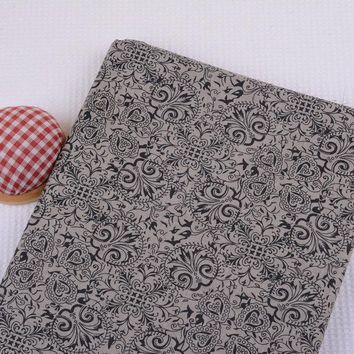 Half Meter 150*50cm 100% Cotton Vintage Black Totem Printed Fabric, Floral Cotton Cloth Crafting DIY Purse Tissue PB224