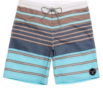 CREYONDI5 Billabong Spinner Boardshorts - Mens Board Shorts - Green -