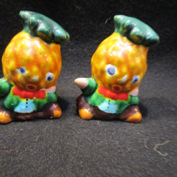 Anthropomorphic Pineapple Salt and Pepper Shakers, Made in Japan  (1169)