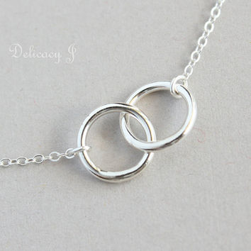 Interlock Circle Infinity Necklace in Sterling Silver by DelicacyJ