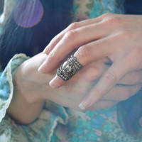 Rococo Knuckle Ring Armor Ring Ornate Filigree by ravenevejewelry