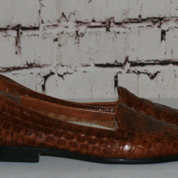 40% OFF 70s Woven Leather Flats Loafers Hipster grunge festival boho earthy Trotters cognac brown shoes slip on 7 6.5
