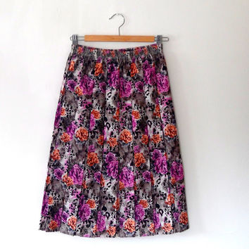 Floral colourful pleated skirt / 50s style / grey / black / orange / pink / elasticated / vintage / 1980s / flared / midi length skirt