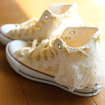 Fairy kei Kawaii Lolita Ruffle Lace Ribbon Wedding Converse White All Star Shoe Clips