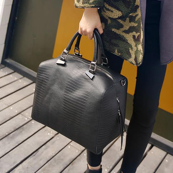 d7f4ae4420cb Big Luxury Handbags Women Bags Travel Tote Ladies Hand Bags Women Leather  Snake Shopper Purses Famous